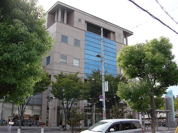 河内長野市立 図書館