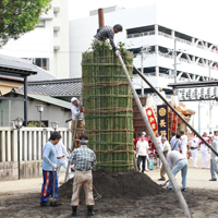 長野神社「タイマツタテ神事」